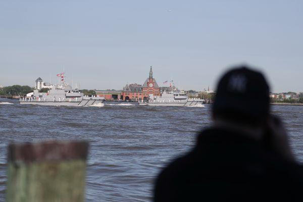 美媒:美国濒海舰搭载新型反舰导弹前往中国周边部署