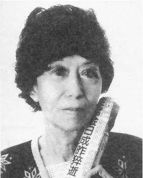张爱玲逝世24周年,她的不幸源于原生家庭和遇人不淑?